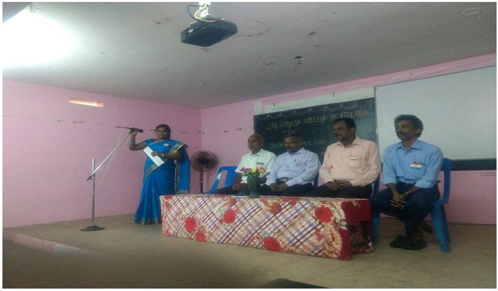 உத்தமபாளையம், விகாசா கல்வியியல் கல்லூரியில் விடுதலை நாள் விழா - படம் - 1