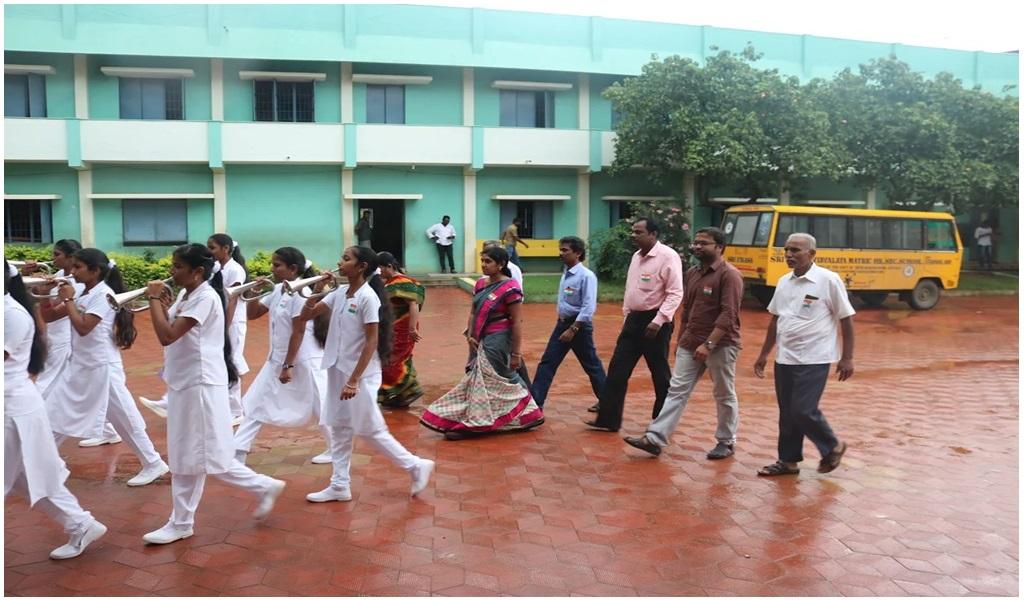 உத்தமபாளையம், விகாசா பள்ளியில் விடுதலை நாள் விழா - படம் - 2